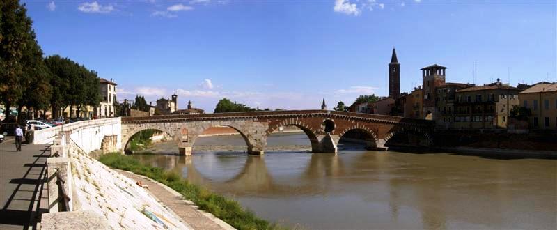 ponte_pietra2-medium